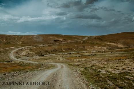 1_0324 Kirgistan - Kara-Say