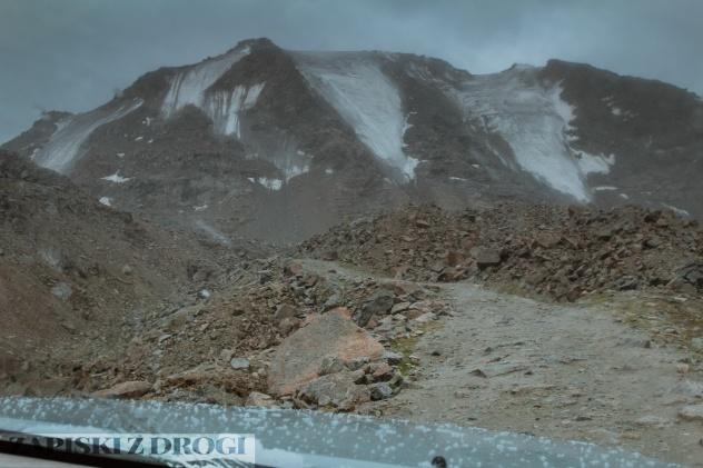 1_0518 Kirgistan - Tosor