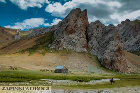 1_1001 Kirgistan - Tash Rabat