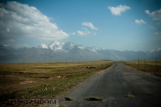 1_1324 Kirgistan - Sary-Tash