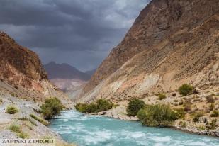 1_1899 Tadzykistan - Iskardankul Valley